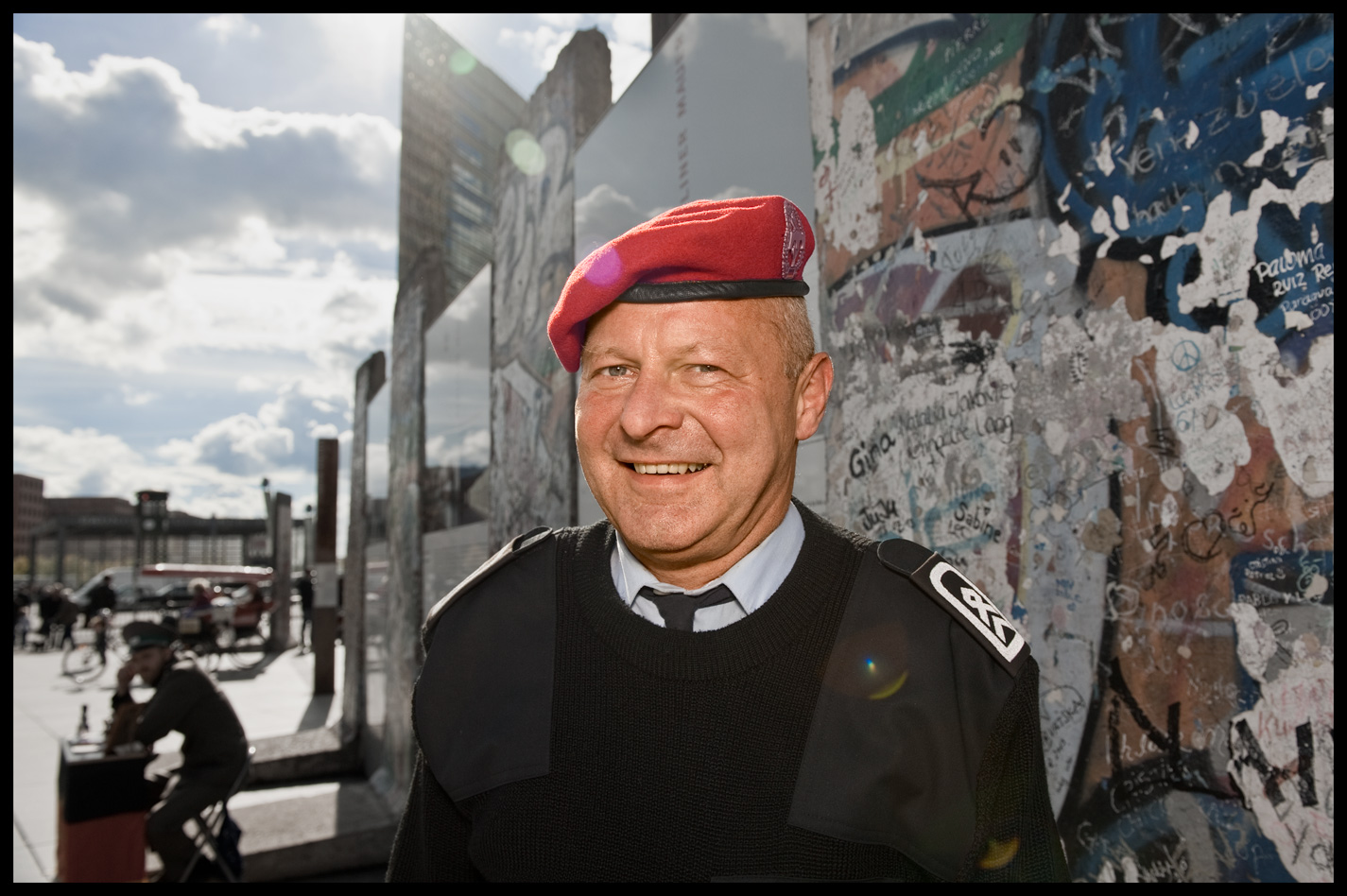 APF_BerlinWallSoldier